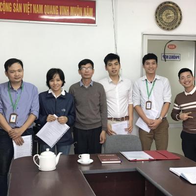 Trung tâm Quang điện tử trao quyết định tuyển dụng viên chức năm 2020